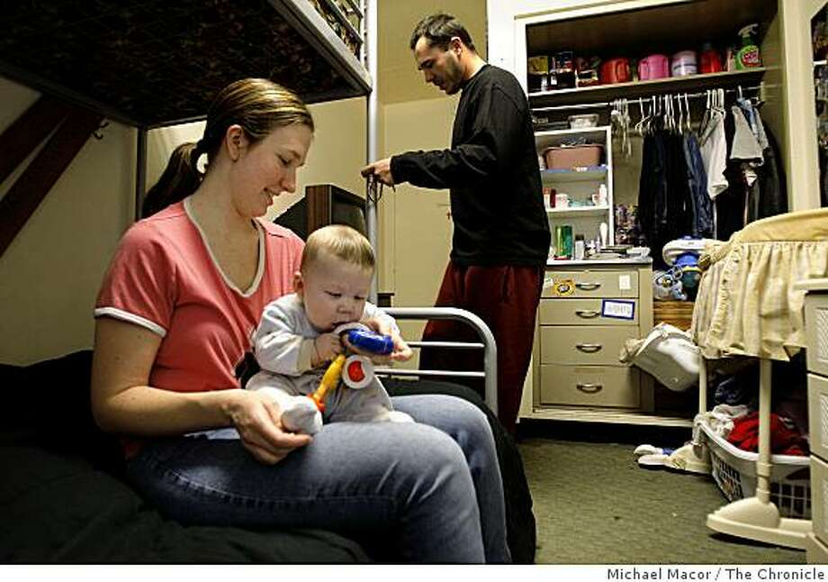 Stacey and Jesse Marwick moved into the center 6 months ago while Stacey was pregnant  with her son Nicholas. The family inside their room at the InnVision Clara Mateo Alliance, in Menlo Park, Calif., on Friday Feb. 27, 2009. Nicholas is 5 months old. The center which serves singles and families, has seen private donations, government and foundation support fall dramatically due to the current recession. Photo: Michael Macor, The Chronicle