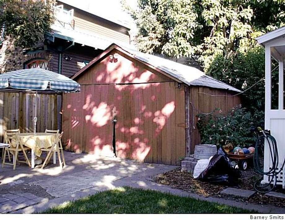 The original 1920's garage. Photo: Barney Smits