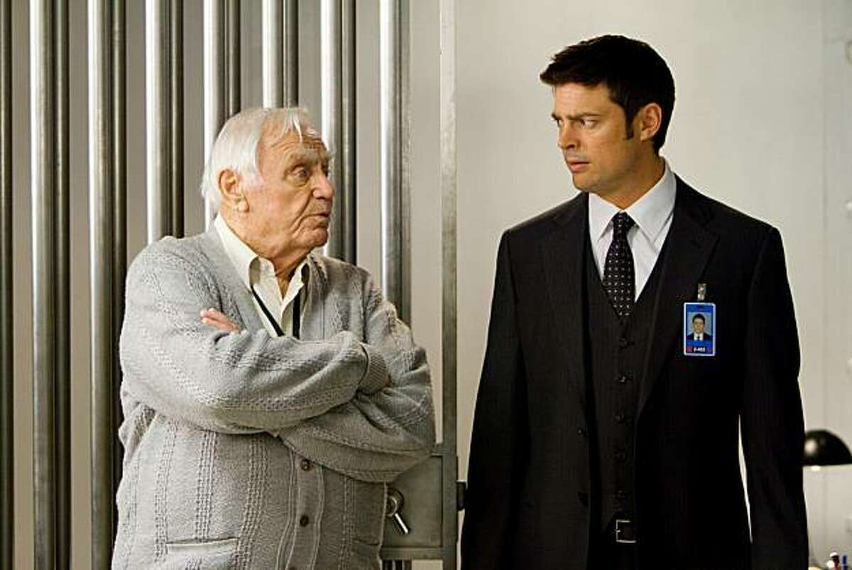 (L to R) ERNEST BORGNINE and KARL URBAN star in RED.
