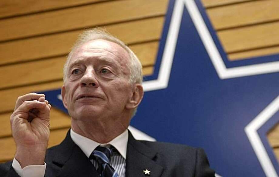 Jerry Jones, owner of the Dallas Cowboys football team, speaks during a news conference, Friday, Feb. 13, 2009 in Little Rock, Ark. (AP Photo/Mike Wintroath) Photo: Mike Wintroath, AP