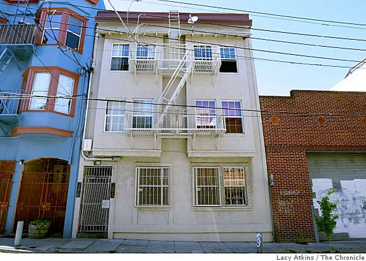 744-746 Clementina Street is photographed April 26, 2008 in downtown San Francisco, Calif. The building is the site where landlords allegedly terrorized their tenants. Lacy Atkins / San Francisco Chronicle