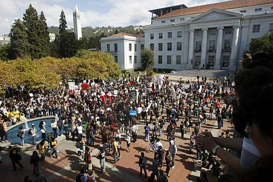 Protesters gather at UC Berkeley Thursday, October 7, 2010, Berkeley, Calif.  Universities across California protest higher fees, campus cuts, layoffs, the horrible economy in general and its impact on higher education in a statewide day of action. Photo: Adm Golub, The Chronicle