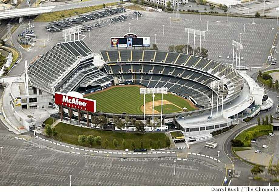 Oakland Athletics and Oakland Raiders home, McAfee Coliseum. aerial Photo: Darryl Bush, The Chronicle