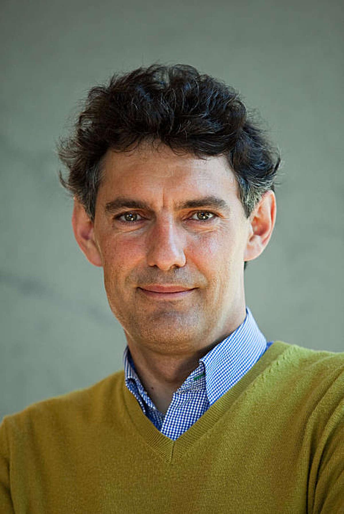 Emmanuel Saez, an Economist from UC Berkeley, was selected as a 2010 MacArthur Fellow.