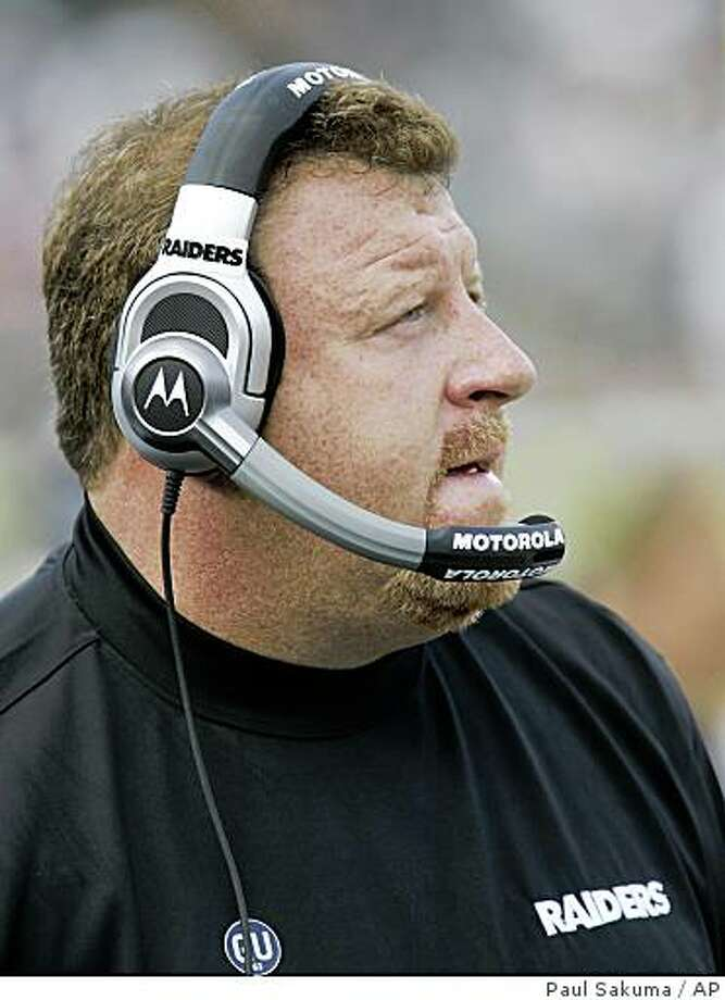 Oakland Raiders head coach Tom Cable watches the game against the Atlanta Falcons in the fourth quarter of their NFL football game in Oakland, Calif., Sunday, Nov. 2, 2008. The Atlanta Falcons defeated the Oakland Raiders 24-0.  (AP Photo/Paul Sakuma) Photo: Paul Sakuma, AP