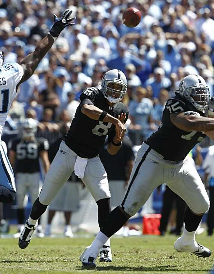 Oakland Raiders quarterback Jason Campbell (8) throws in the first half of their game against the Tennessee Titans at LP Field in Nashville, Tenn., Sunday, Sept. 12, 2010. Photo: Wade Payne, AP