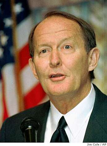 Former Gov. Lamar Alexander, R-Tenn., speaks in this Feb. 4, 1999 file photo. Photo: Jim Cole, AP
