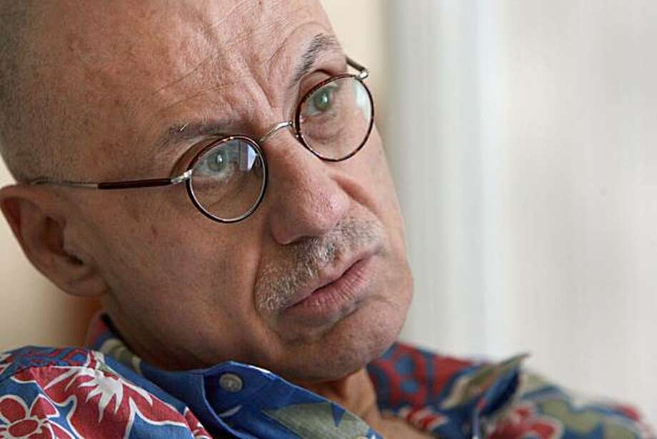 Crime/mystery writer James Ellroy in San Francisco at the Four Seasons  on Aug. 21, 2000 Photo: Liz Mangelsdorf, The Chronicle