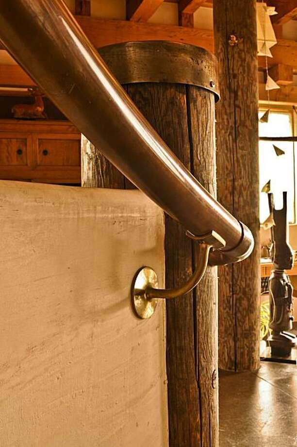 Copper tube railing Photo: Basil Glew-Galloway