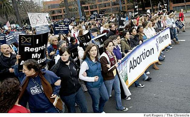 The front of the Pro-Life walk as they head up the Embarcadero on Saturday, Jan 24,  2009 in San Francisco, Calif. Photo: Kurt Rogers, The Chronicle