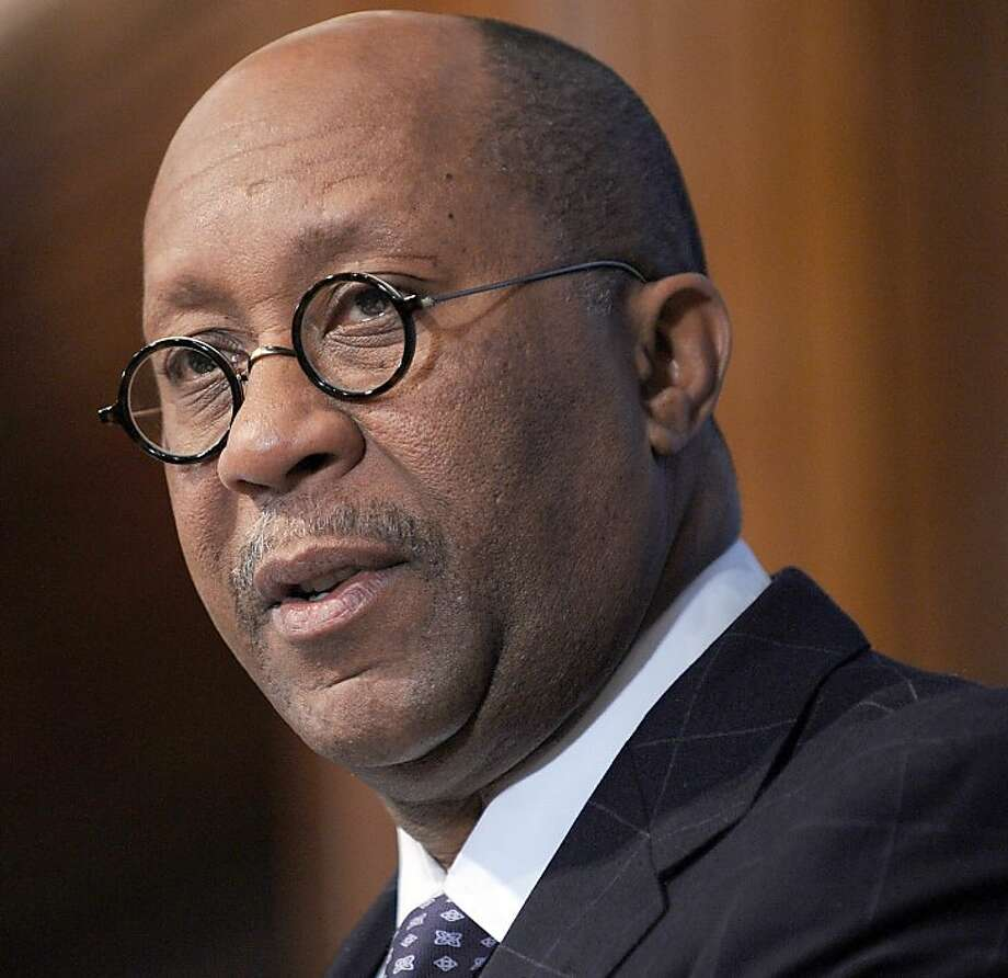 "US Trade Representative Ron Kirk delivers an address on ""The Trade Policy Agenda: American Jobs, Global Leadership,"" at a National Press Club Newsmaker Luncheonon on March 9, 2010 in Washington DC. Photo: Tim Sloan, AFP/Getty Images"