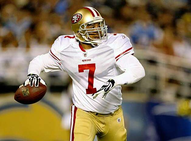 SAN DIEGO - SEPTEMBER 4:   Quarterback Nate Davis #7 of the San Francisco 49ers scrambles with the ball against the San Diego Chargers on September 4, 2009 at Qualcomm Stadium in San Diego, California.    (Photo by Stephen Dunn/Getty Images) Photo: Stephen Dunn, Getty Images