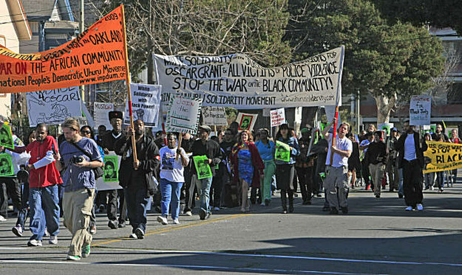 Protesters marched from the West Oakland Bart station on January 19, 2008 to speak out against the New Years Day shooting death of Oscar Grant. Photo: Frederic Larson, San Francisco Chronicle