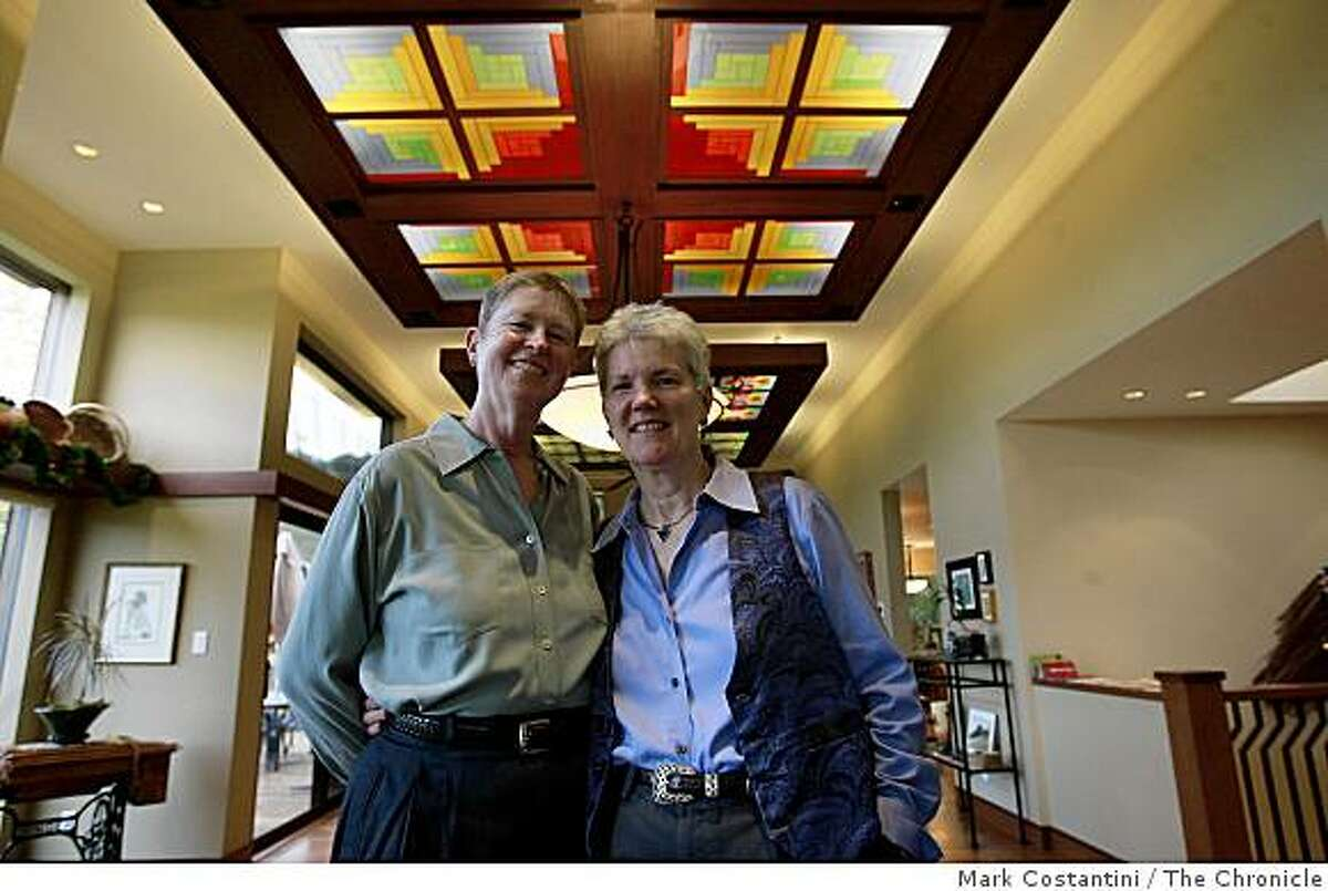 Ann Benson, left and Iris Harrell pose in their remodeled Portola Valley, Calif. home on Friday, December 12, 2008.