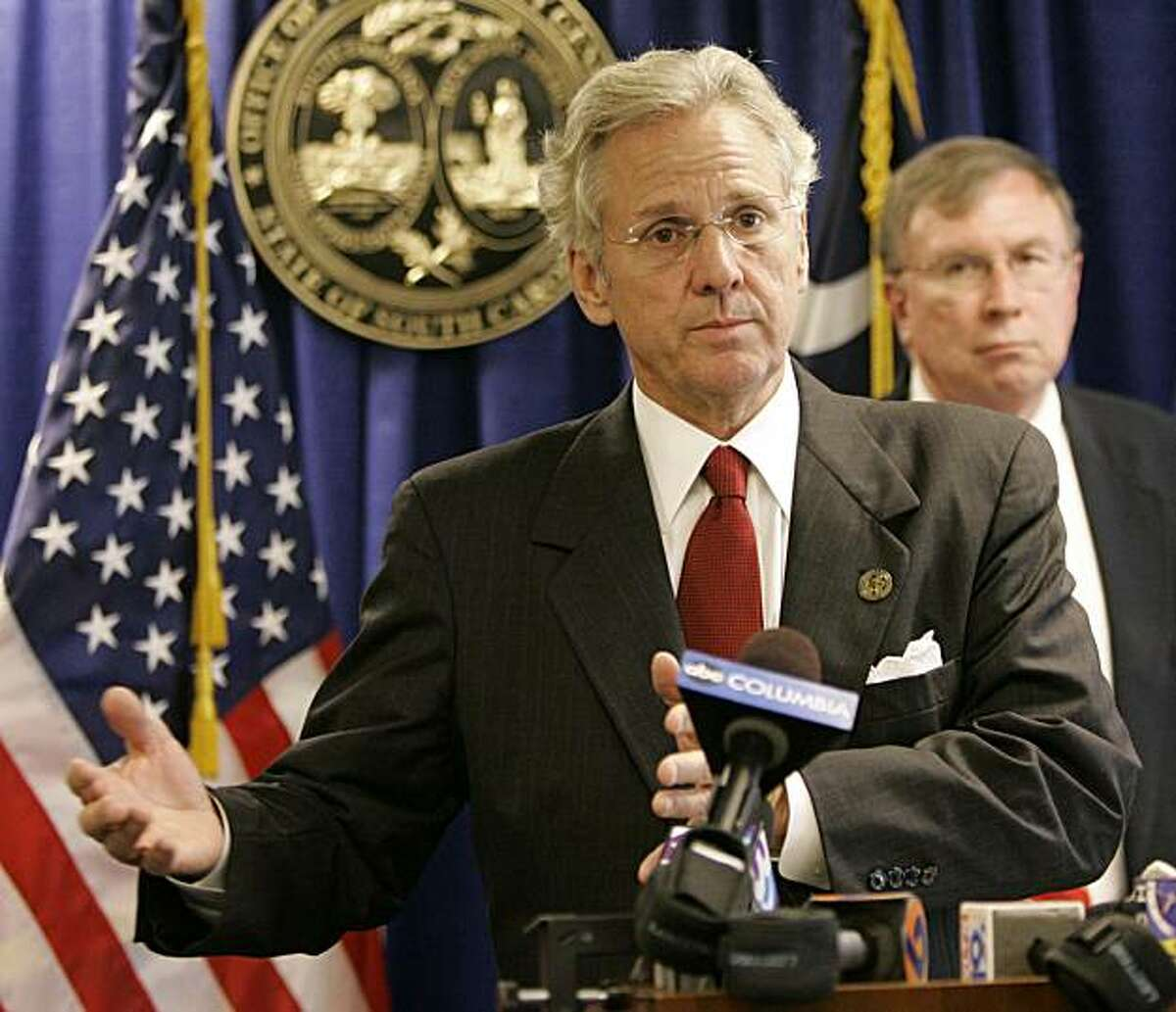 FILE - In this Thursday, June 7, 2007 file photo, South Carolina Attorney General Henry McMaster announces that the state has filed a long-awaited federal lawsuit that seeks to stop North Carolina from draining millions of gallons of water from a river that flows across the state line in Columbia, S.C. Republican South Carolina Attorney General Henry McMaster and a dozen of his counterparts are sending a letter Wednesday night, Dec. 30, 2009 to House Speaker Nancy Pelosi and Senate Majority Leader Harry Reid objecting to Nebraska getting a break on Medicaid payments(AP Photo/Mary Ann Chastain, File)