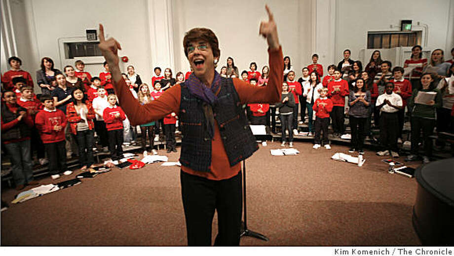 San Francisco Girls Chorus Artisitc Director Susan McMane leads a rehearsal on Friday, Jan. 9, 2009 as the San Francisco Boys Chorus and the San Francisco Girls Chorus practice the songs they'll sing during the Jan. 20 inaugural ceremony for President-elect Barack Obama. Photo: Kim Komenich, The Chronicle