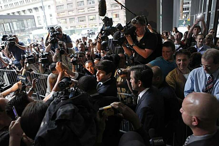 Former Illinois Gov. Rod Blagojevich leaves the Dirksen U.S. Courthouse after the verdict in his corruption trial in Chicago, Illinois, Tuesday, August 17, 2010. A federal jury convicted him of just one count -- lying to the FBI -- and deadlocked on 23 other counts. (Michael Tercha/Chicago Tribune/MCT) Photo: Michael Tercha, MCT