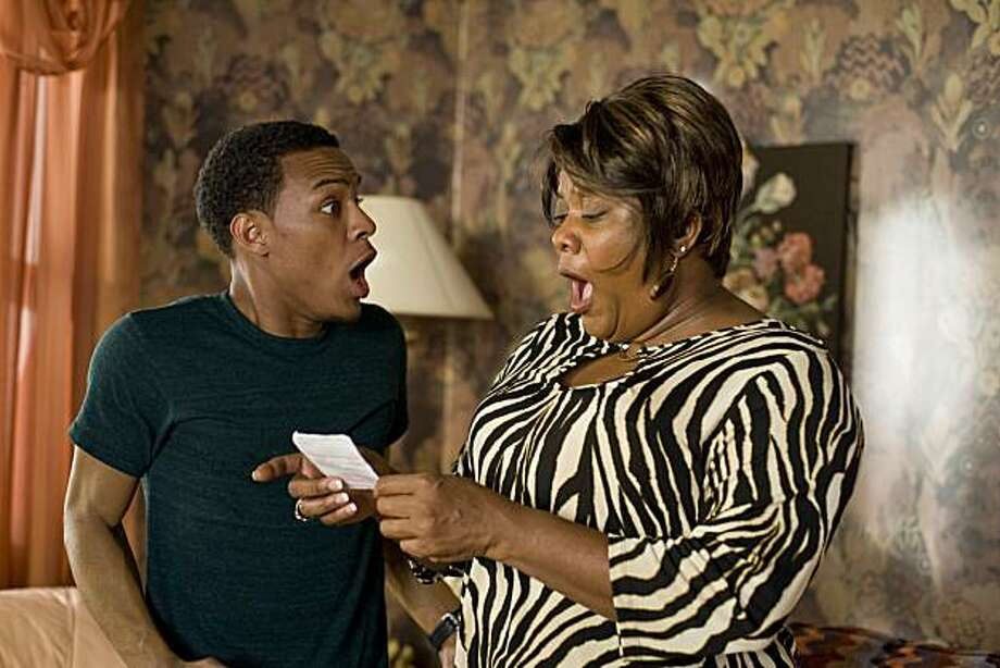 (L-r) BOW WOW as Kevin Carson and LORETTA DEVINE as Grandma in Alcon EntertainmentÕs comedy ÒLOTTERY TICKET,Ó a Warner Bros. Pictures release. Photo: David Lee, Warner Bros. Pictures