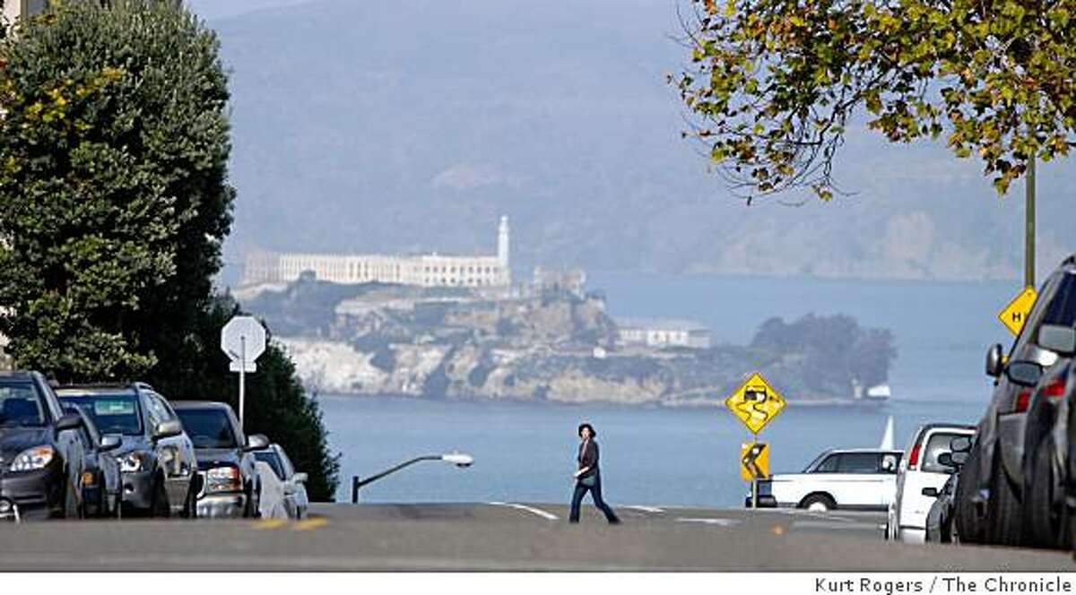 The view of Alcatraz from Jones St on the russian hill hike. on Friday Dec 12, 2008 in San Francisco, Calif