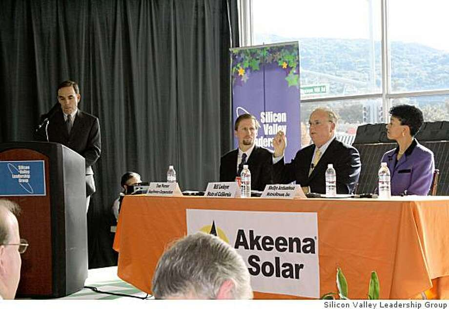 Silicon Valley leaders take on state budget woes:John Diaz, Chronicle editorial page editor, moderates a panel discussion held at Akeena Solar in Los Gatos. Panelists were, from left, Ted Werner, CEO of SunPower; Bill Lockyer, state treasurer; Shellye Archambeau, CEO, Metric Stream. Photo: Silicon Valley Leadership Group