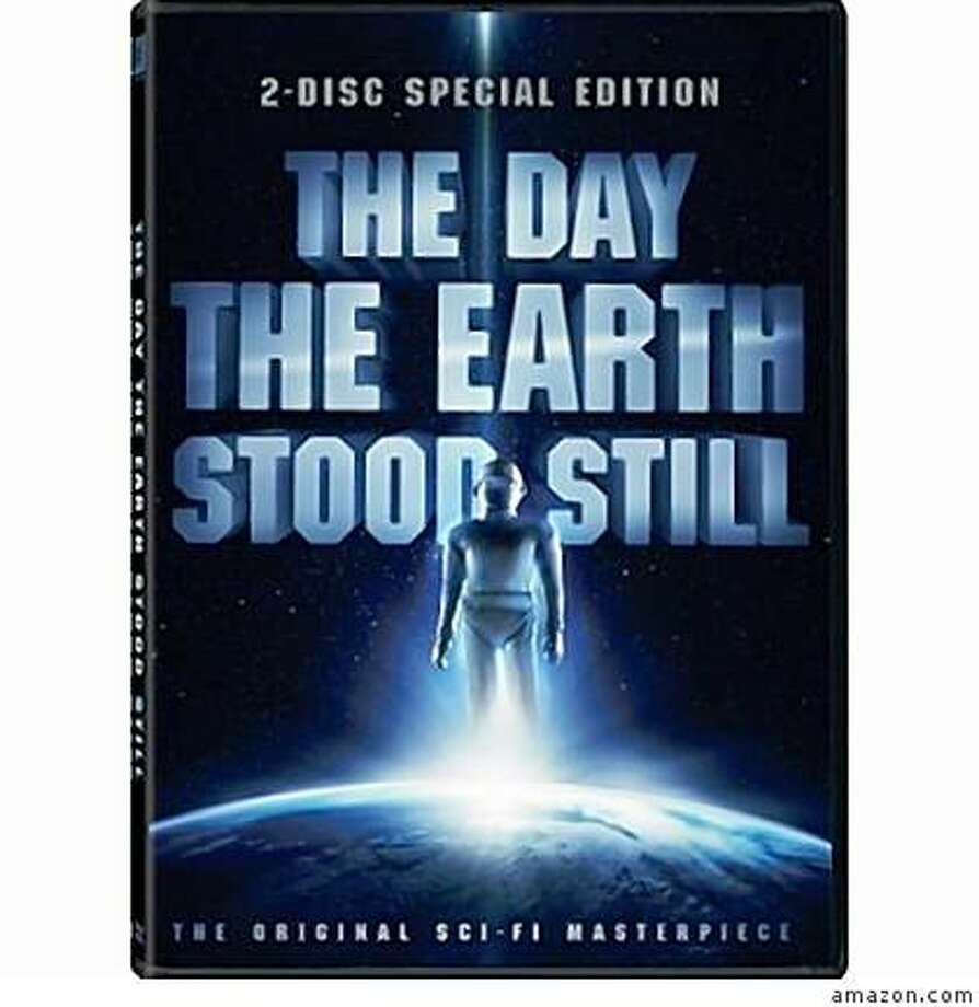 dvd cover THE DAY THE EARTH STOOD STILL Photo: Amazon.com