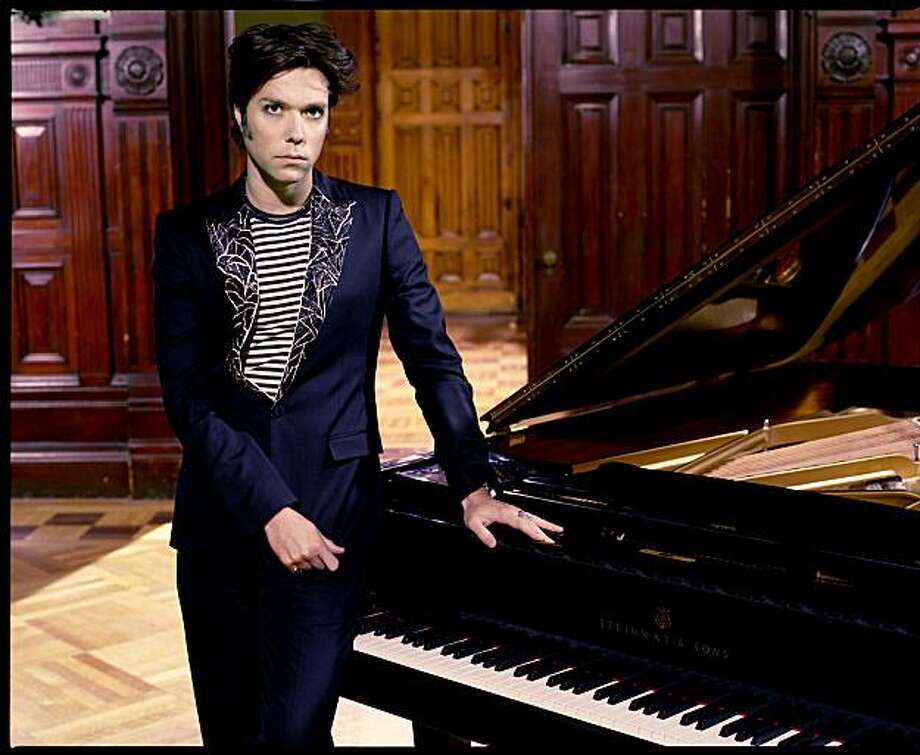 Rufus Wainwright Photo: Kevin Westenberg