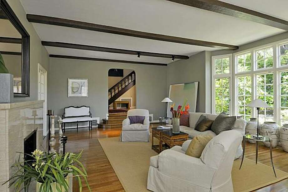 21 Crest for Featured Open Homes. Photo:  Courtesy  Nancy Rothman, Pacific Union International