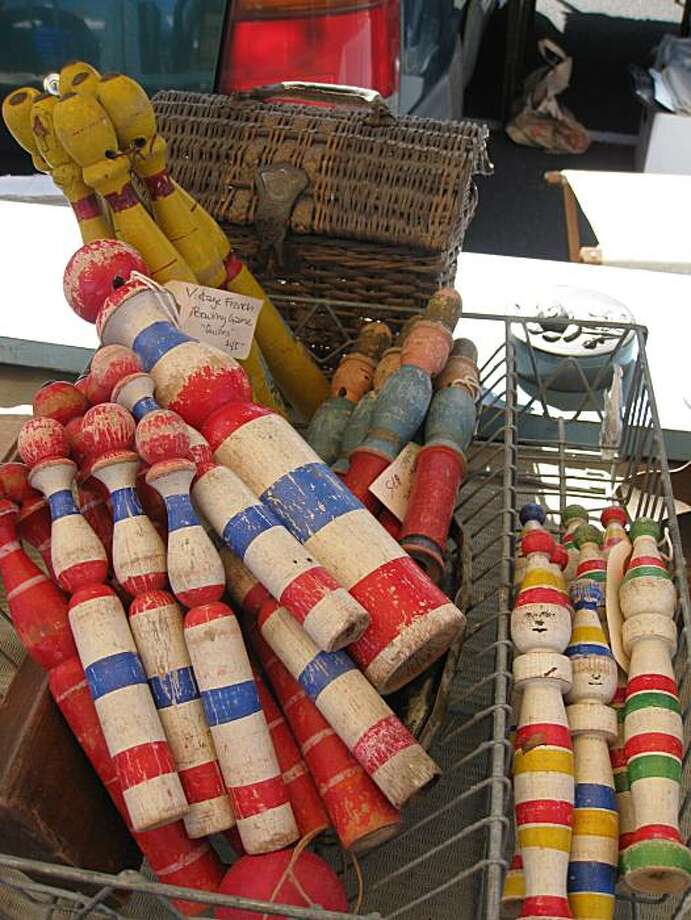 Collectibles at the flea market at Candlestick. Photo: Chantal Lamers