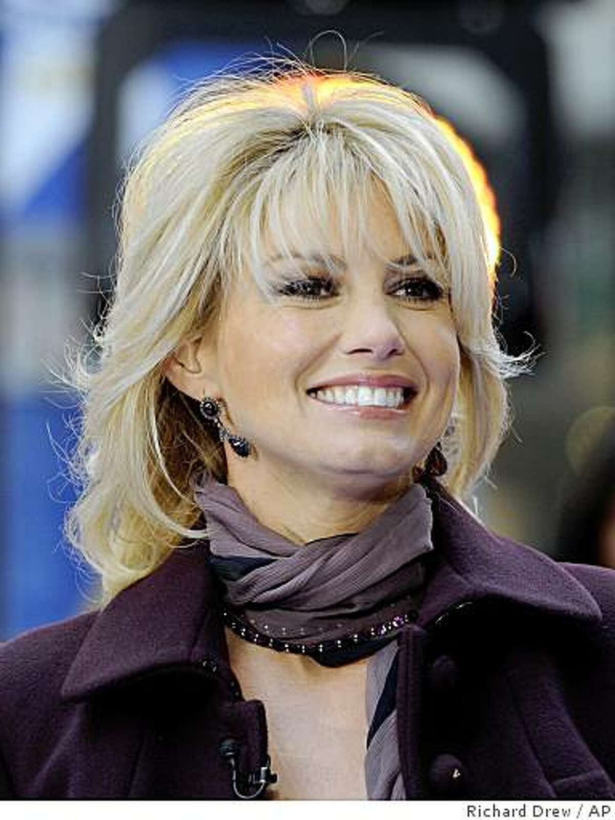 **FILE** This Nov. 24, 2008 file photo shows country singer Faith Hill appearing on the NBC