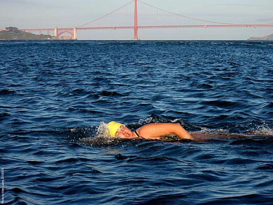Kristine Buckley makes her 500th swim from Alcatraz on 50th birthday. Photo: Allen Luong
