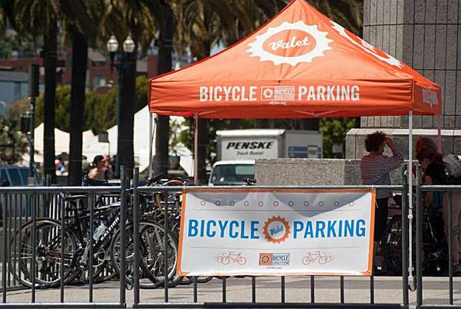Bike valets offer a convenient place to park bicycles during events. Photo: San Francisco Bicycle Coalition