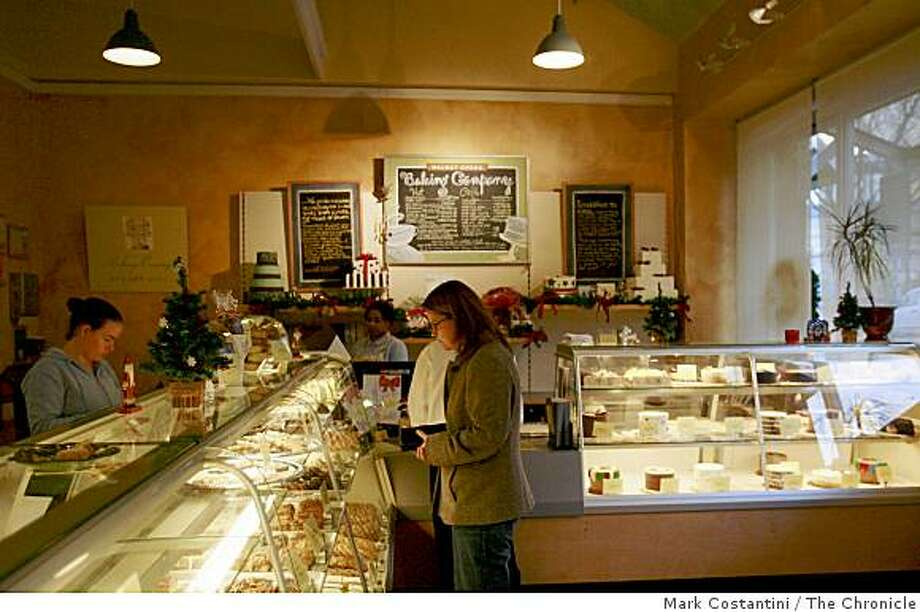 Walnut Creek Baking Company is photographed on Locust Street in Walnut Creek, Calif. on Thursday, December 11, 2008. Photo: Mark Costantini, The Chronicle