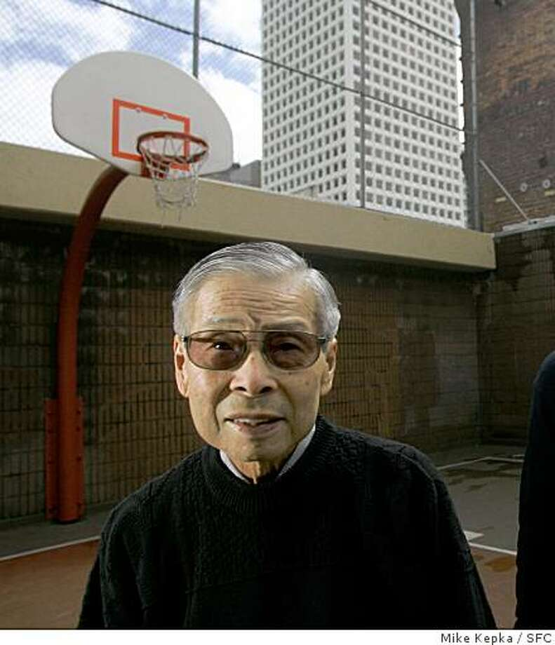 "1940s USF basketball teammates William ""Woo Woo"" Wong and Cap Lavin renunite for a portrait in San Francisco's China town.3/29/05 Willie Wong Mike Kepka / The Chronicle Photo: Mike Kepka, SFC"