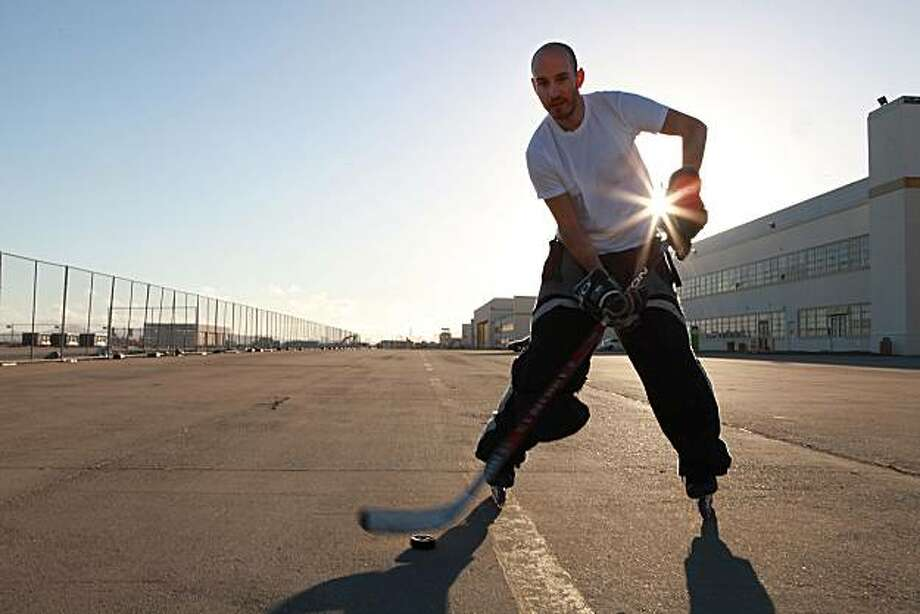 Cole Filipek practicing stick handling in Alameda, California, on Wednesday, June 9, 2010. Photo: Liz Hafalia, The Chronicle