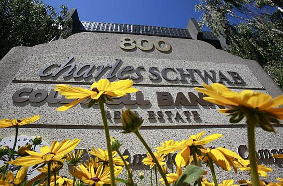 In this July 14, 2010 photo, a Charles Schwab office is shown in Menlo Park, Calif. Retail brokerage Charles Schwab Corp. said Friday, July 16, 2010, its second-quarter earnings were steady compared with a year ago on almost flat revenue. Photo: Paul Sakuma, AP