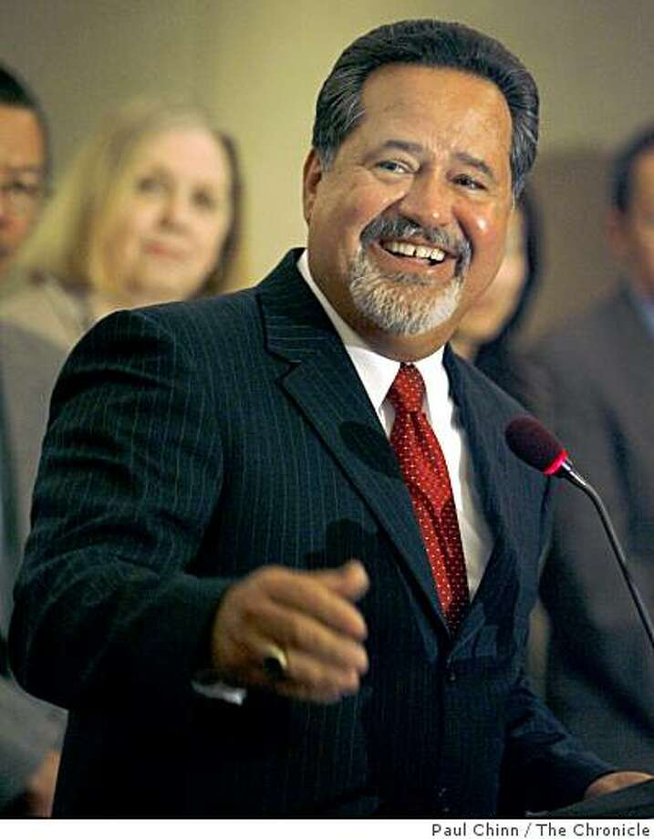 Carlos Garcia was introduced as the new superintendent of schools at a news conference in San Francisco, Calif. on Wednesday, June 13, 2007 Photo: Paul Chinn, The Chronicle
