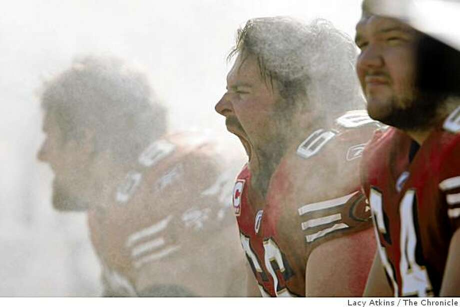 San Francisco 49ers center Eric Heitmann gets cooled down by the mist during the game against St. Louis Rams, Sunday Nov. 16, 2008, in San Francisco. Photo: Lacy Atkins, The Chronicle