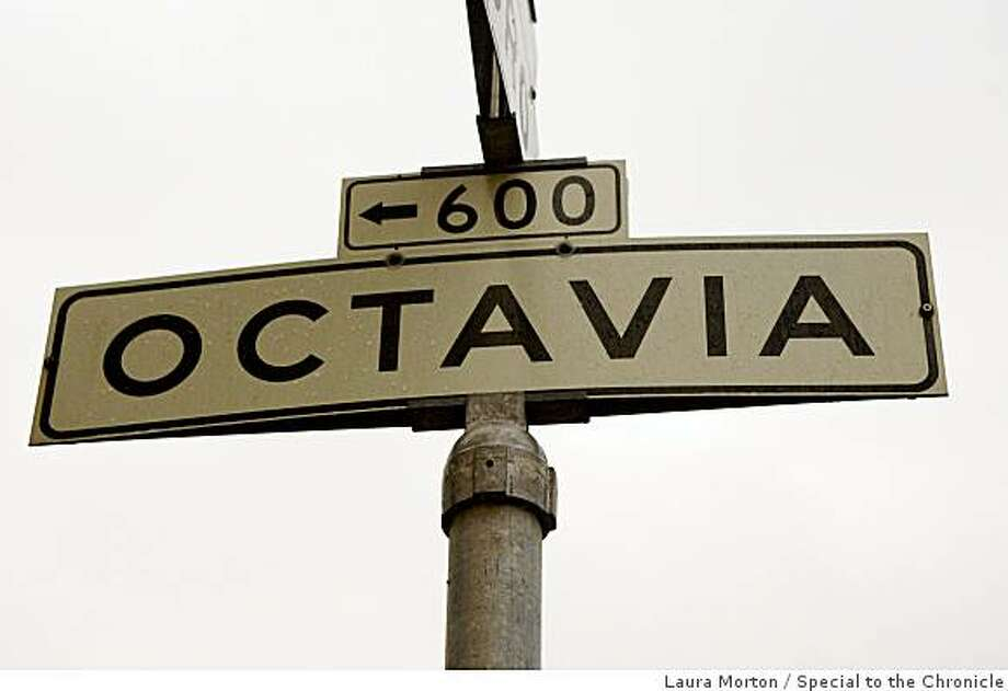 Street sign for Octavia Boulevard in San Francisco , Calif., on Wednesday, November 26, 2008. Photo: Laura Morton, Special To The Chronicle