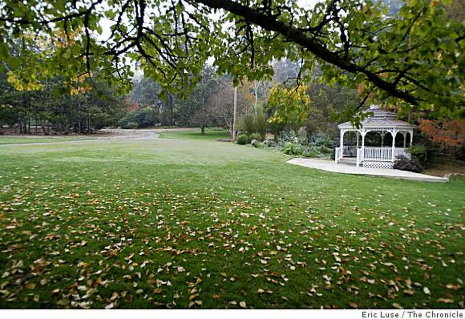 Marin Art and Garden Center in the urban outing that includes Ross and the Corte Madera Creek photographed on Monday, November 24, 2008. Photo: Eric Luse, The Chronicle