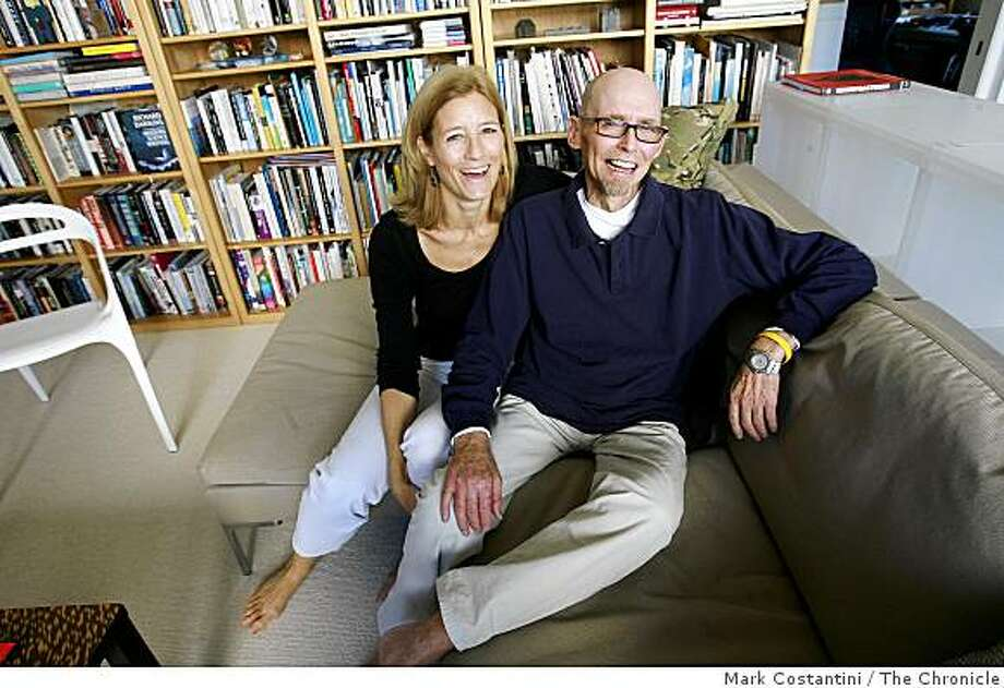 Mara Holt Skov(left) and Steven Skov Holt  pose in San Francisco, Calif. on Friday, October 15, 2008. Photo: Mark Costantini, The Chronicle