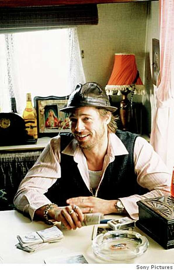 """Brad Pitt in the Guy Ritchie film """"Snatch"""" (2001). Photo: Sony Pictures"""