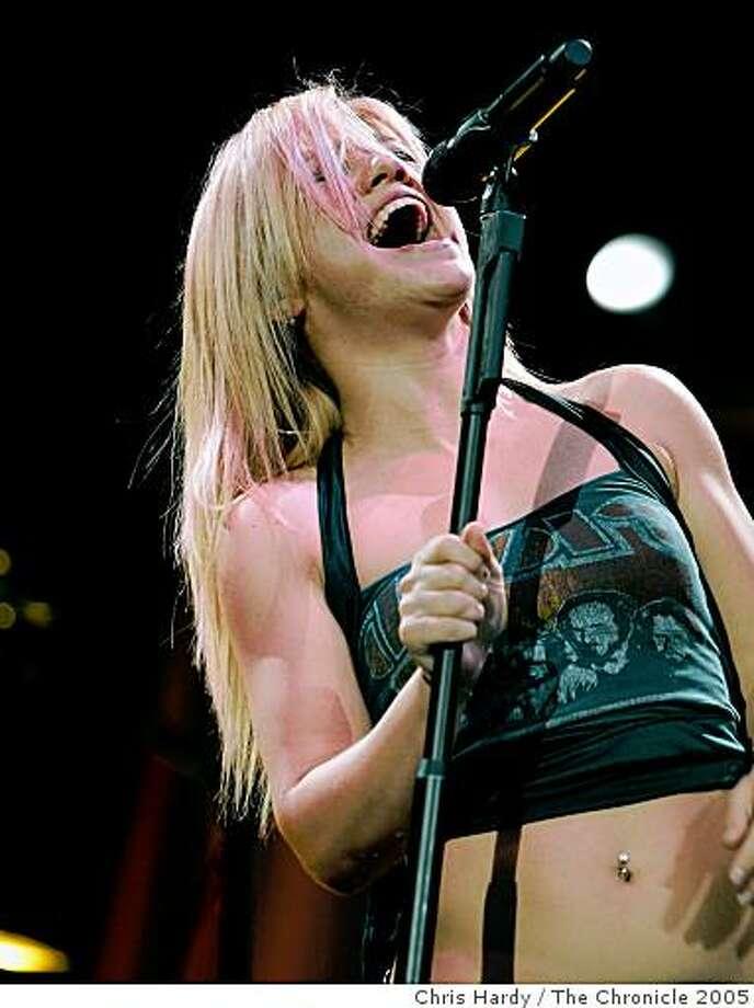 Kelly Clarkson Photo: Chris Hardy, The Chronicle 2005