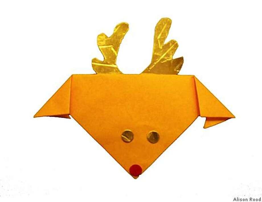 reindeer origami ornament Photo: Alison Rood