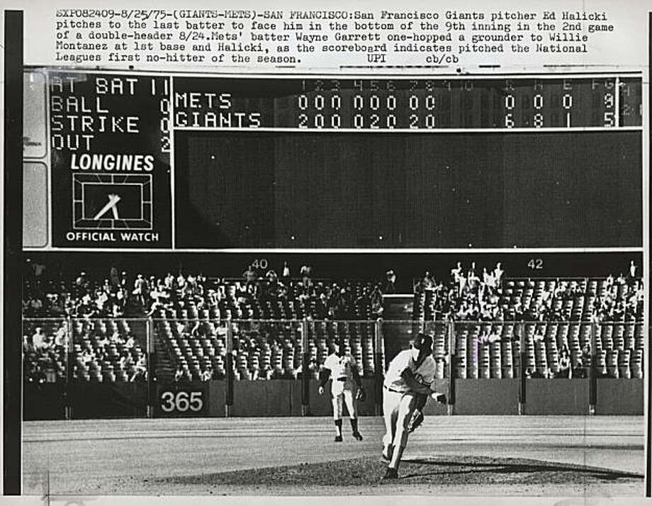 Ed Halicki of the Giants pitches to the Mets' Wayne Garrett (not pictured) at Candlestick Park on Aug. 25, 1975. Garrett grounded out to first to give Halicki a  no-hitter.  Photo was taken: 08/25/1975. Photo: Upi, UPI