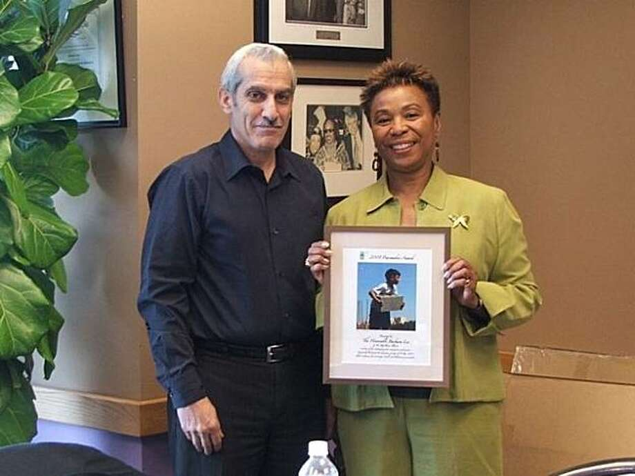 Gene St. Onge of Oakland, a member of the Free Palestine Movement, with Rep. Barbara Lee, D-Oakland. Photo: Courtesy Jan St. Onge