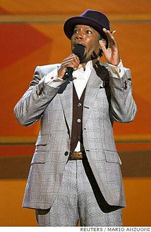 Comedian D. L. Hughley hosts the 2008 BET Awards in Los Angeles, California June 24, 2008.     REUTERS/Mario Anzuoni (UNITED STATES) Photo: MARIO ANZUONI, REUTERS