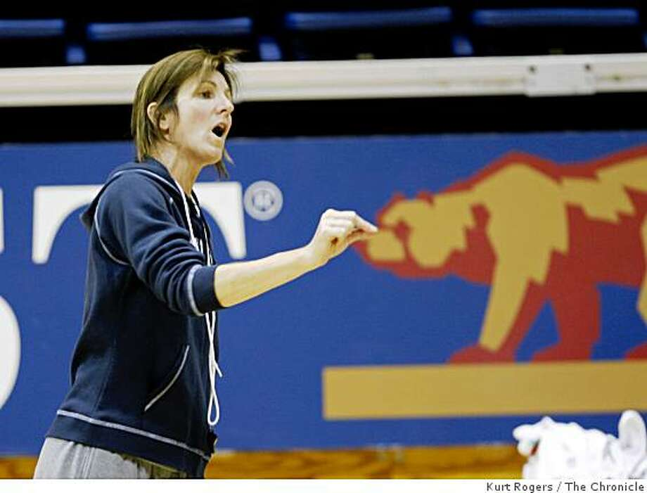 Cal's women's basketball head  Joanne Boyle during practice. on Friday  Nov 7,  2008 in Berkeley , Calif Photo: Kurt Rogers, The Chronicle