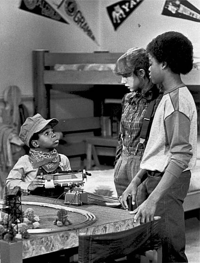 "FILE - In this 1980 file picture originally provided by NBC, Gary Coleman, left, playing Arnold, talks with Dana Plato, as Kimberly, and Todd Bridges, as Willis, in the ""Small Claims"" episode of ""Diff'rent Strokes."" Coleman, the child star of the smash 1970s TV sitcom ""Diff'rent Strokes"" whose later career was marred by medical and legal problems, died Friday after suffering a brain hemorrhage. He was 42. Photo: AP"