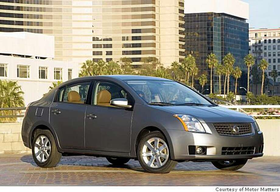 nissan sentra is competitive value fuel economy high. Black Bedroom Furniture Sets. Home Design Ideas
