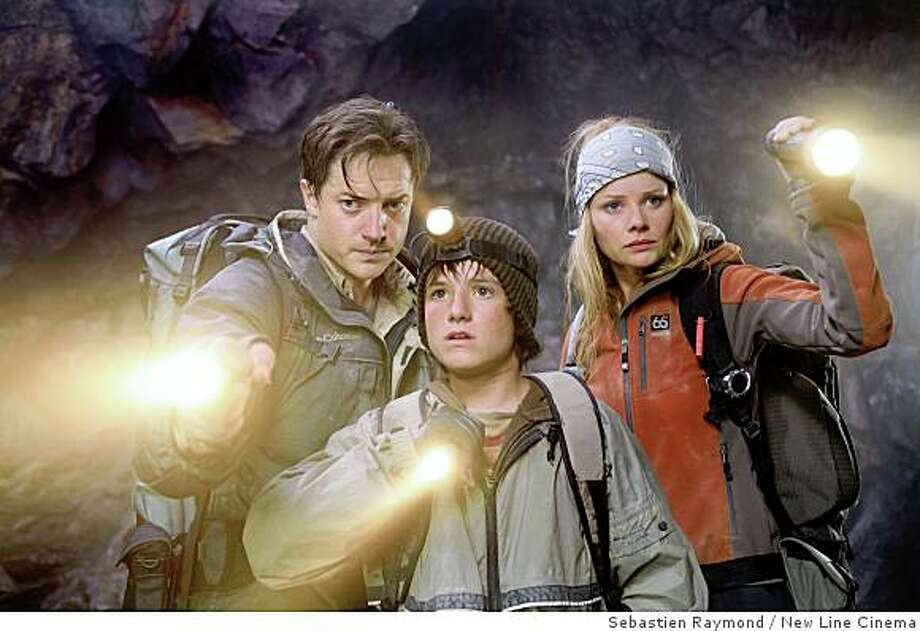 (left to right) Brendan Fraser stars as �Trevor,� Josh Hutcherson stars as �Sean� and Anita Briem stars as �Hannah� in New Line Cinema�s release, JOURNEY TO THE CENTER OF THE EARTH.Photo Credit: Sebastian Raymond/New Line Cinema Photo: Sebastien Raymond, New Line Cinema